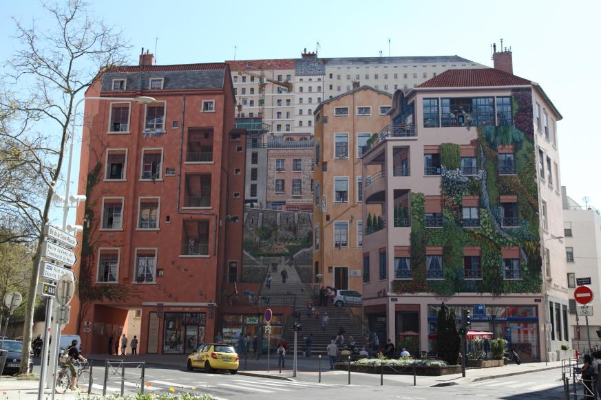 Mur des canuts la croix rousse lyon michel foriel for Garage lyon croix rousse